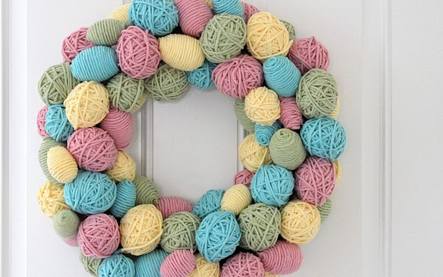 yarn_egg_wreath