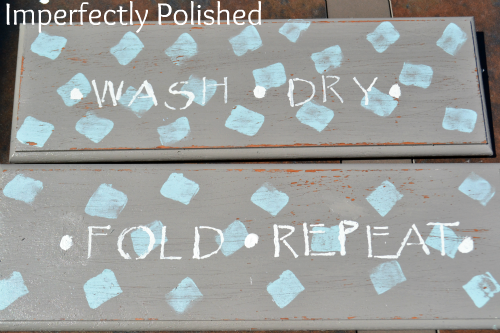 wood-laundry-sign-