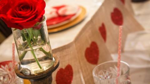 Easy, No Fuss Valentine Dinner Table